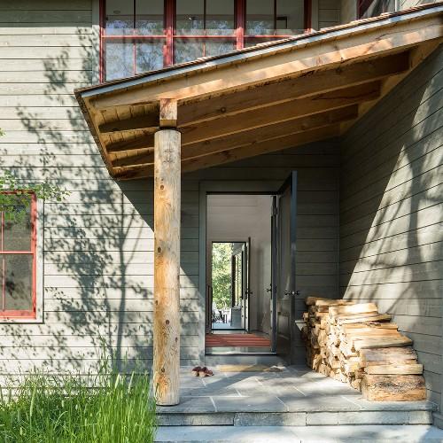 Expert Advice: Architects Favorite Exterior Color Palettes