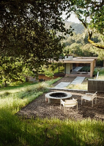 Landscaping Ideas: 10 Fire Pits, for an Instant Outdoor Living Room