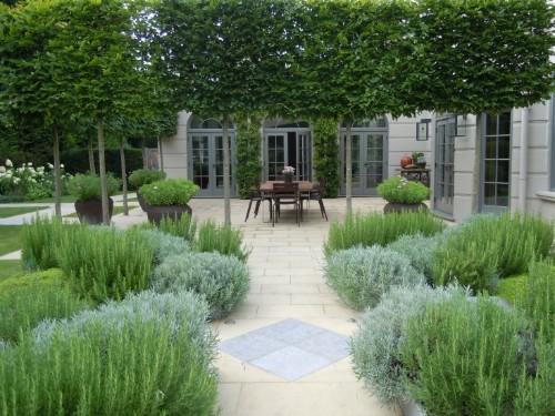 Landscape Architect Visit: A Refined Kitchen Garden by Richard Miers
