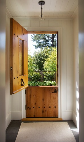 Hardscaping 101: The Ins and Outs of Dutch Doors