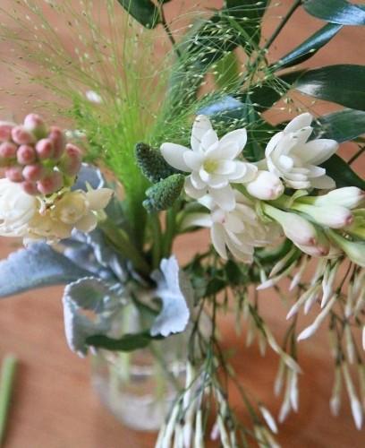 DIY Flowers: 11 Easy Winter Floral Arrangements