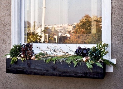 Home for the Holidays: 10 Genius Hacks for Festive Curb Appeal