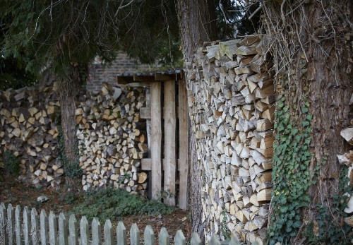 The Well-Kept Woodpile: 10 Tips to Stack and Care for Firewood Outdoors