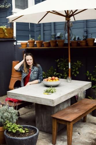 10 Easy Pieces: Concrete Outdoor Furniture