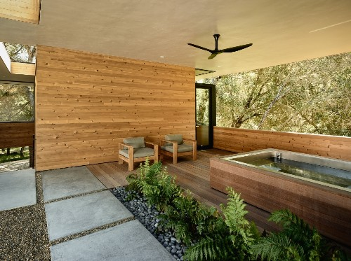 Deep Water: 10 Modern Plunge Pools and Spas