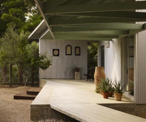 A Texas Garden Where the Rare and the Endangered Flourish - Gardenista