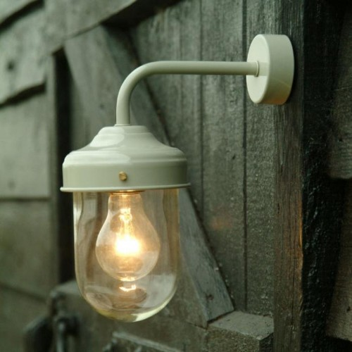 10 Easy Pieces: Barnhouse-Style Outdoor Lights