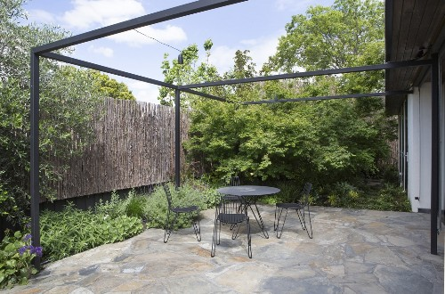 10 Ways to Improve Your Garden with a Pergola