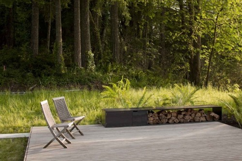 Landscape Ideas: 10 Wooden Decks That Disappear
