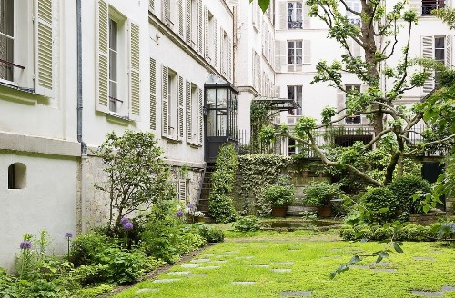 Americans in Paris: A Very Private Garden on Rue du Bac