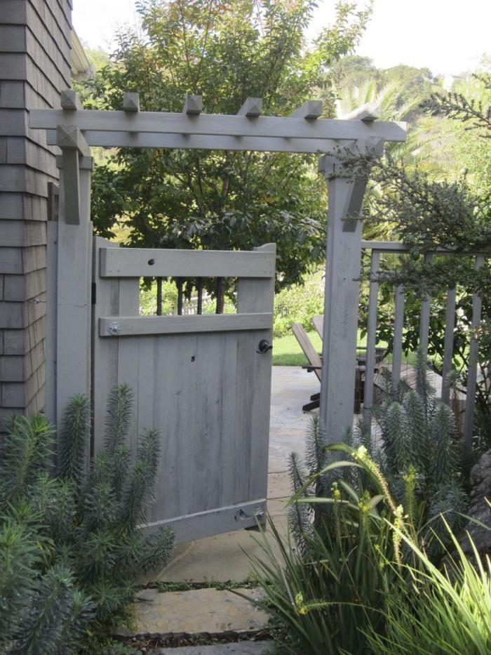 Garden Secrets: What a Landscape Architect Plants at Home - Gardenista