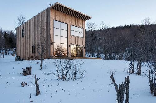 A Quebec Cabin for a Carpenter, Courtesy of Atelier L'Abri
