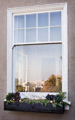 DIY: Christmas Window Boxes