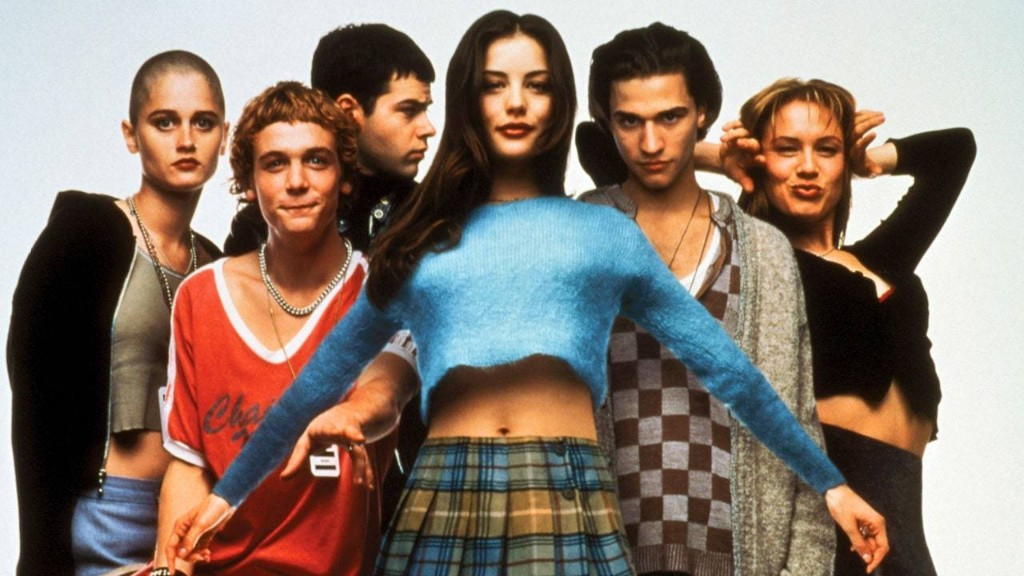 Empire Records Style Is Still So Relevant 25 Years Later
