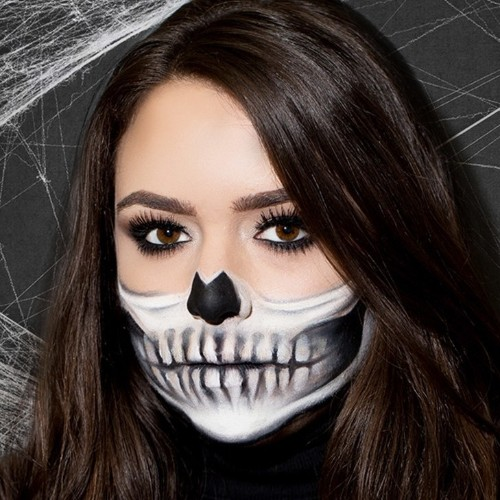 This Skeleton Halloween Makeup Tutorial Is Scary Good