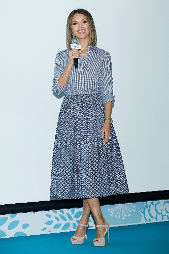 Cute Summer Work Outfit Ideas: Jessica Alba of Honest Company