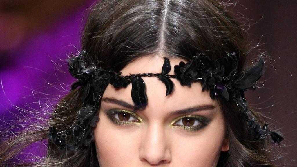 Trend Alert: Bold Eyeshadow Is Back