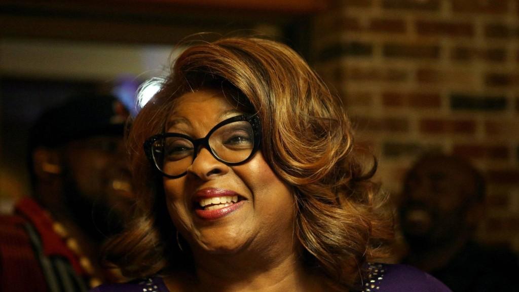 Ella Jones Makes History as Ferguson's First Black and First Female Mayor