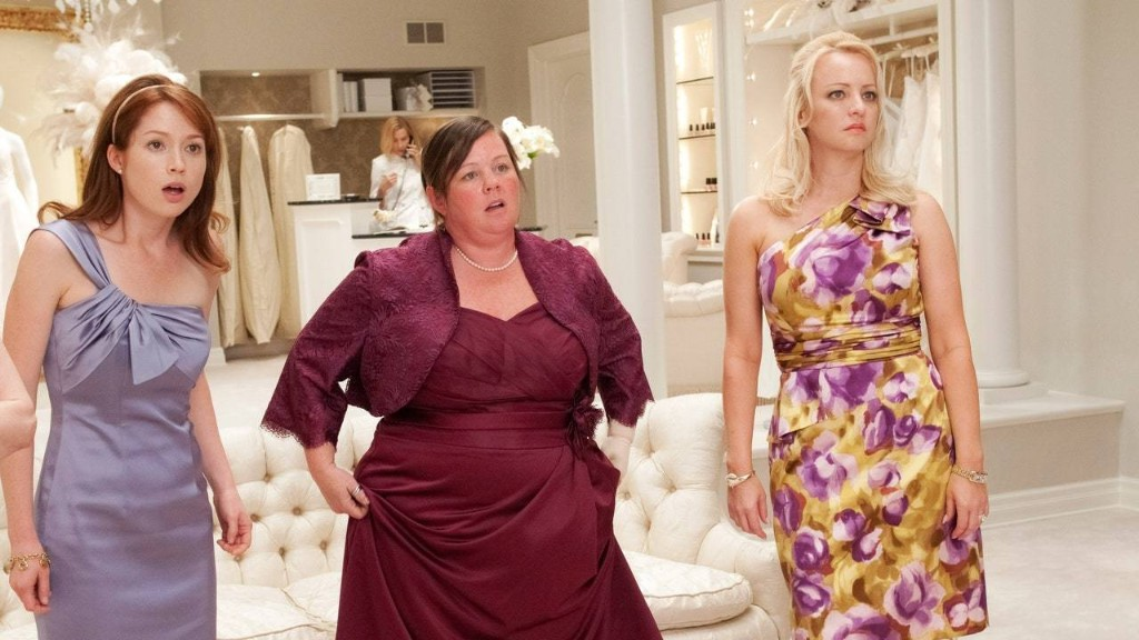 The Director of Bridesmaids is Telling All the Secrets, Including the Ones about 'Vats of Throw up'
