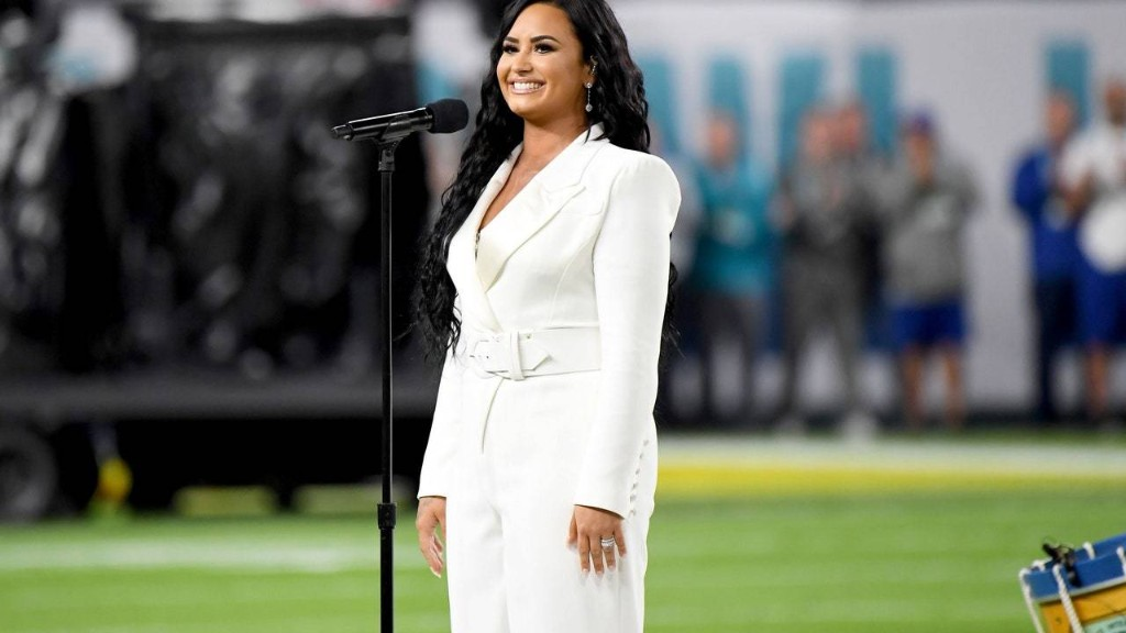 Demi Lovato's National Anthem at Super Bowl 2020 Was So Powerful