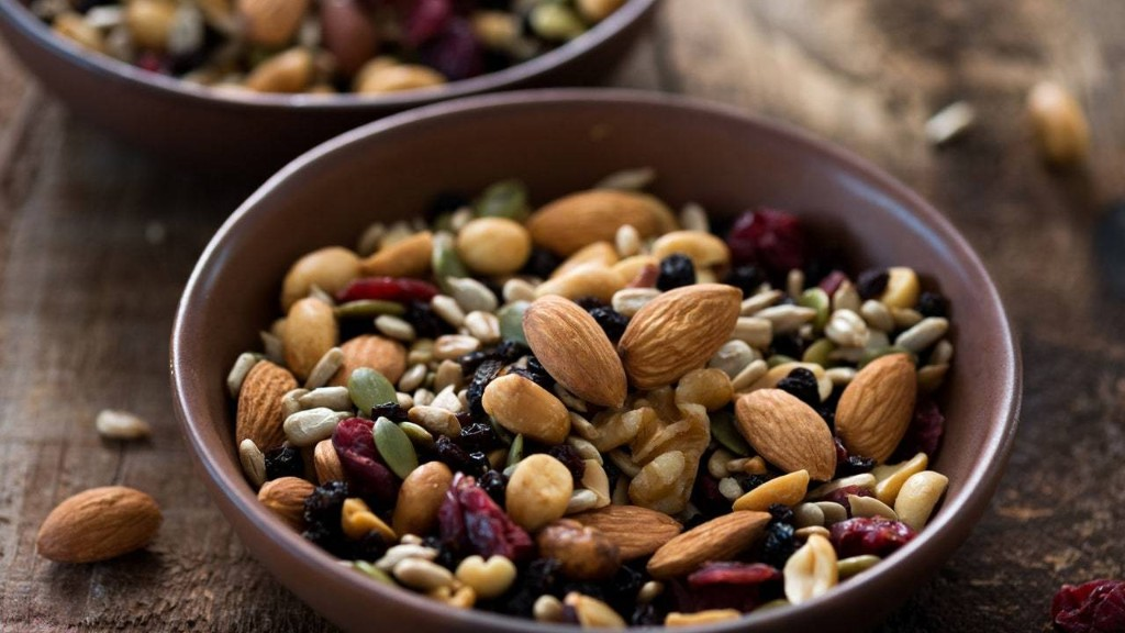 Satisfy the Munchies With These Healthy Snacks
