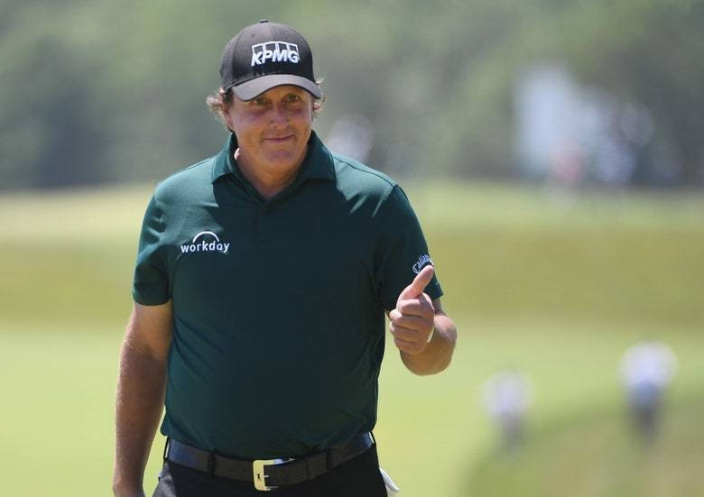 Phil Mickelson says he's in the process of joining Michael Jordan's new golf club