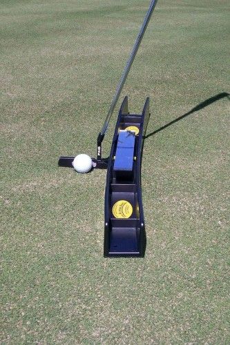 An easy way to build a repeatable putting stroke