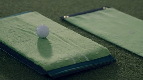 Golf training aids: Gain instant feedback on swing path and impact location to self-diagnose your faults