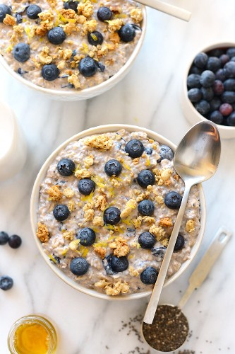 7 Overnight Oats Recipes That Make Breakfast a Breeze