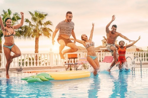 10 Easy Ways to Stay Healthy This Summer (That Don't Ruin All the Fun)
