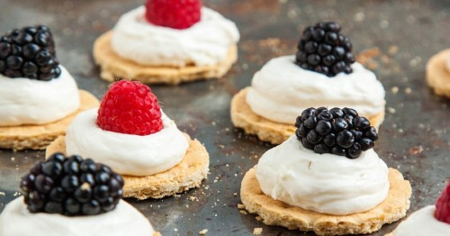 Healthier No-Bake Cheesecake Bites