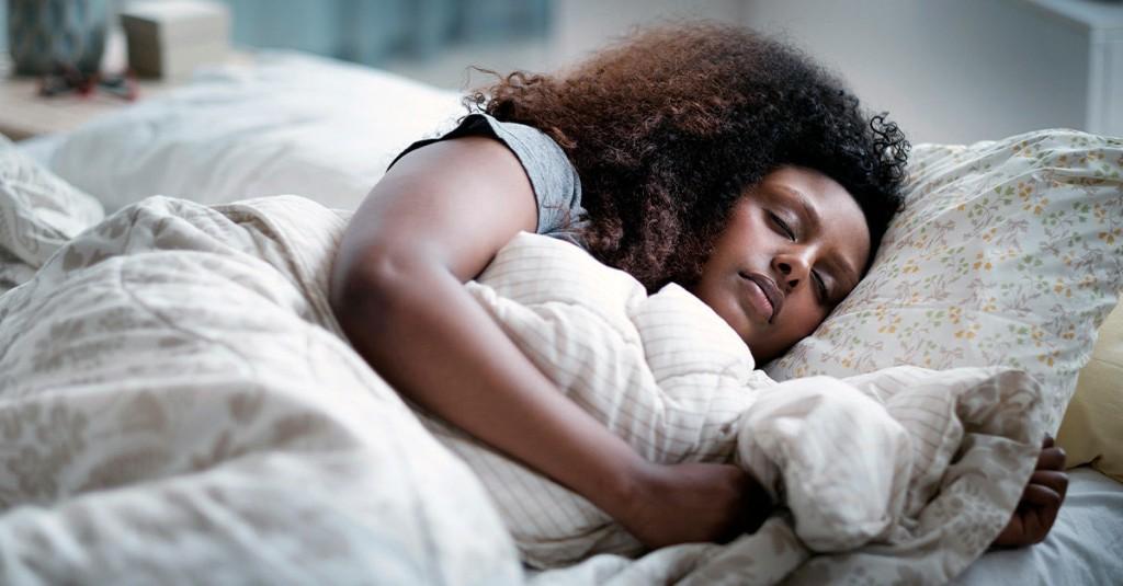 5 Ways to Soothe Those Strange, Vivid Dreams You're Having