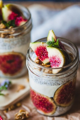 19 Easy No-Cook Breakfast Ideas That Taste Amazing