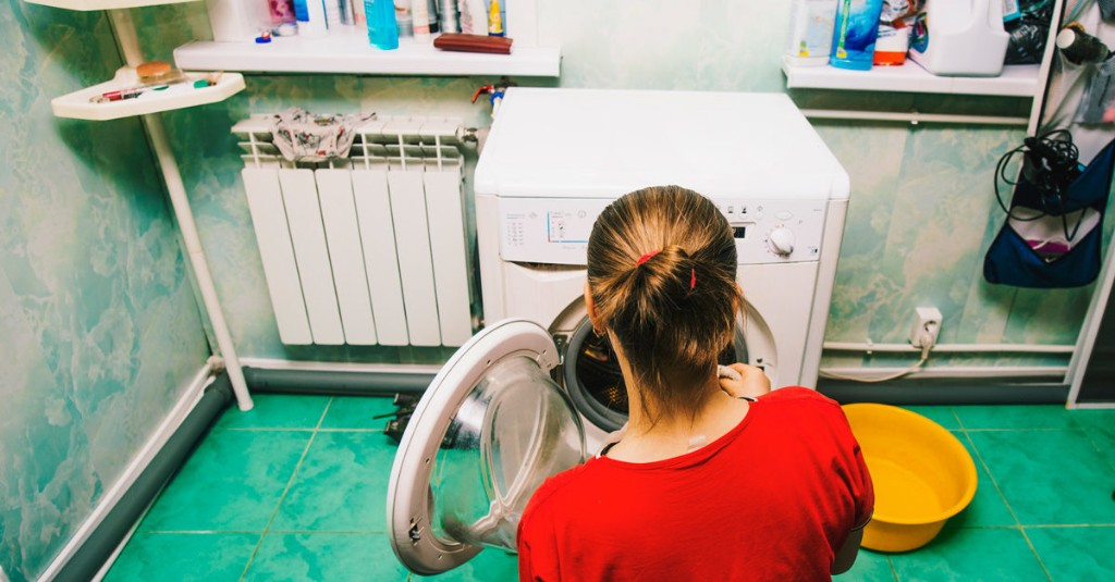 Dryer Sheets Are Out. Try These 8 Alternatives Instead