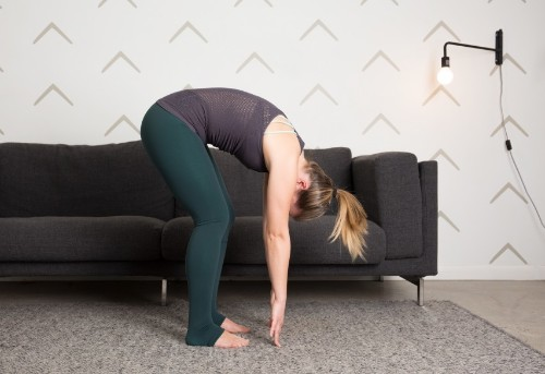 The 7 Stretches Everyone Should Be Able to Do