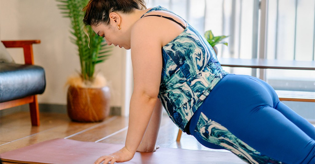 """9 Lower Back Stretches That'll Have You Going """"Ahhhhh"""""""