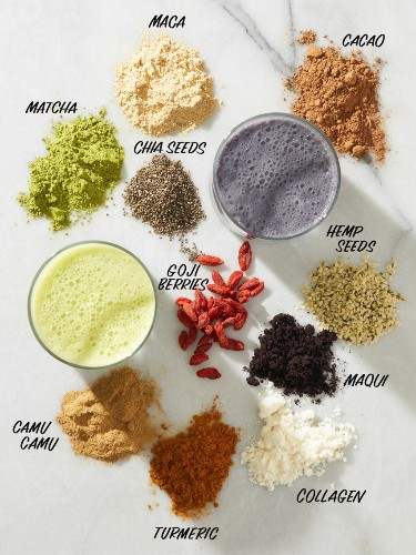 10 Superfoods That Make the Best Smoothie Ingredients