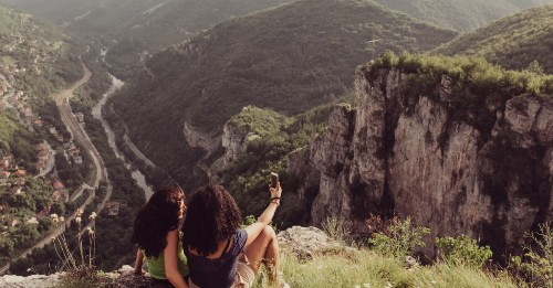 Hiking Trails Near Me: Day Hikes With The Best Views