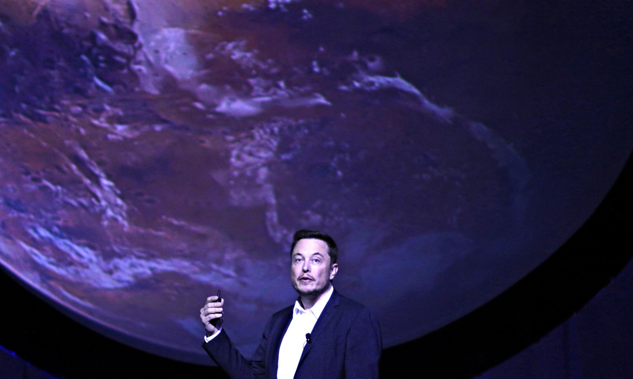 Elon Musk plans to get humans to Mars in six years