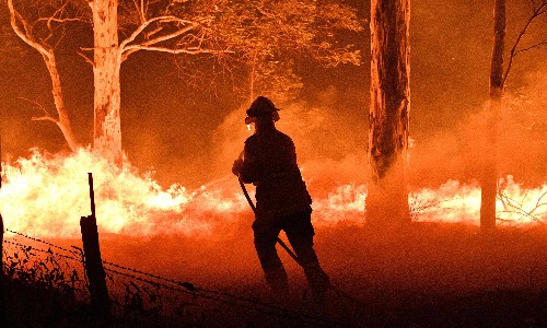 The Guardian view on the bushfires: Australia needs a government with the right priorities