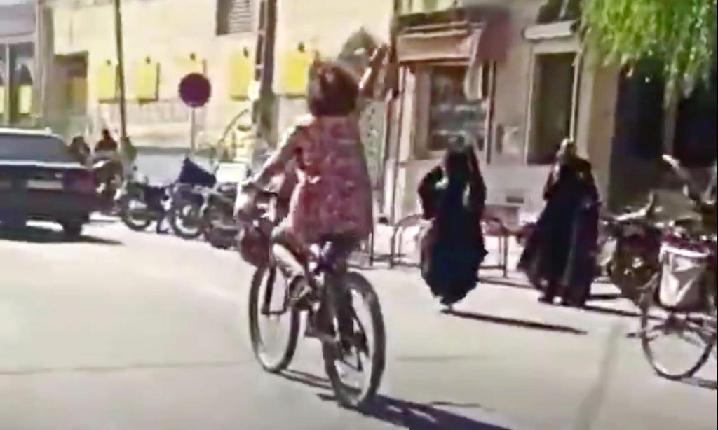 Iranian woman arrested for 'cycling without hijab'