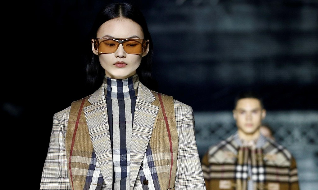 Burberry to cut 500 jobs worldwide in £55m cost-saving drive