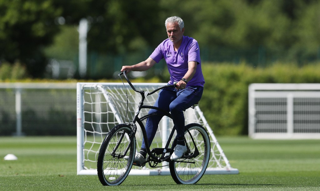José Mourinho predicts fewer 'crazy' transfers after football returns
