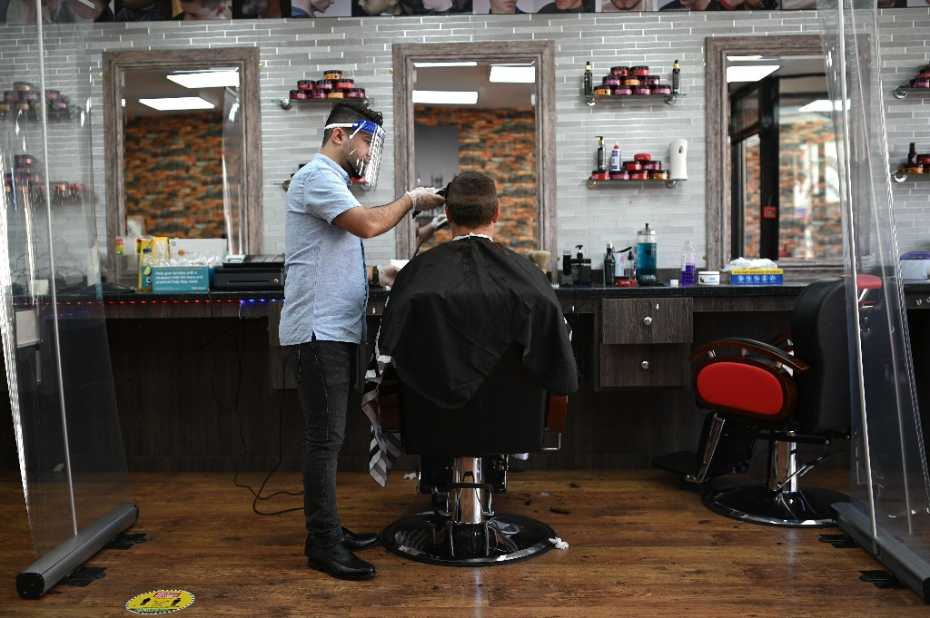 A haircut, fresh food and freedom – the jobseeker rise changed my life
