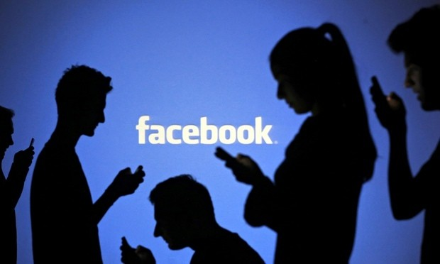 Facebook targets workplaces with new professional networking site