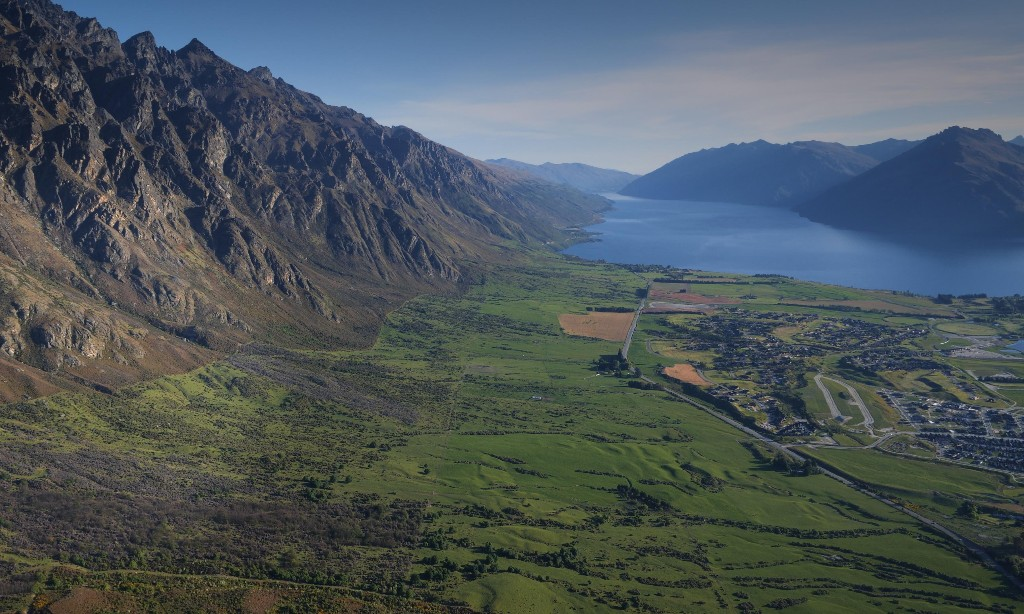 New Zealand couple shuns developers to give 900 hectares of land to nation