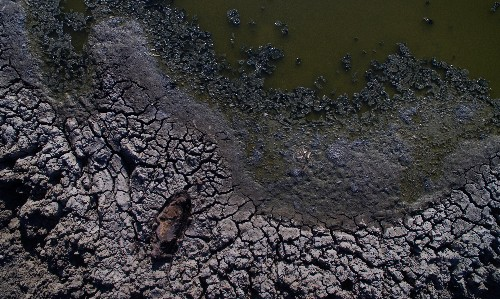 The only thing as certain as drought in Australia is the stupid call to build new dams