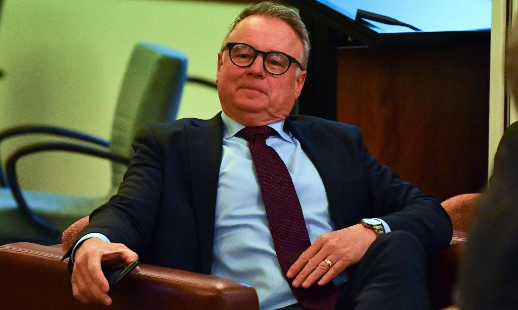 Labor rift as Joel Fitzgibbon defies party on medium-term target for cutting emissions