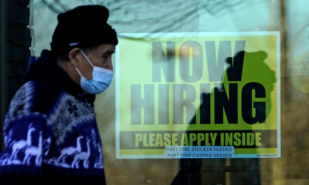 US jobs market recovery slows amid surge in Covid-19 cases