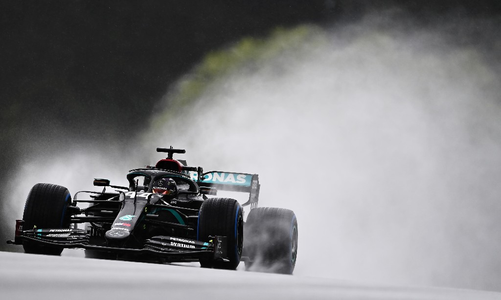 Lewis Hamilton on pole for F1 Styrian GP after masterful drive in the rain